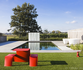 Extremis, outdoor furniture